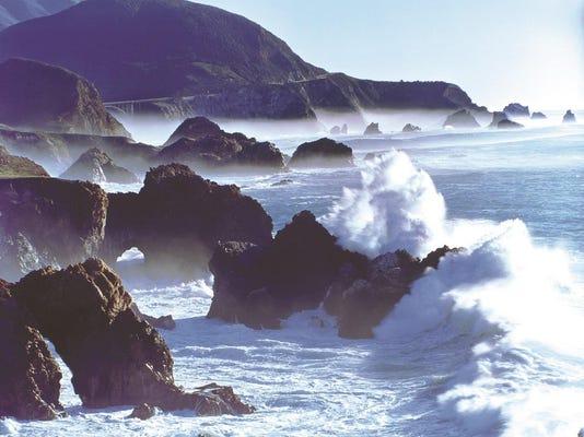 Surf in Big Sur