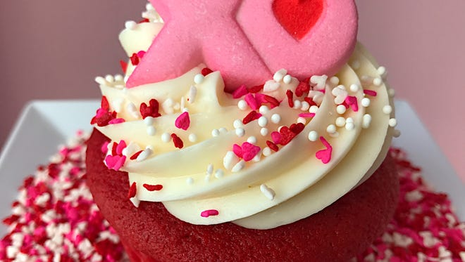 Kids will love the Valentine's Day cupcake-decorating class at the Kake Studio.