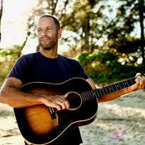 Musician Jack Johnson goes green on every tour