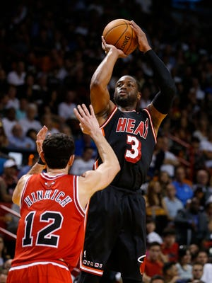 Miami shooting guard Dwyane Wade helped lead the Heat to a win over the Bulls in LeBron James' absence.