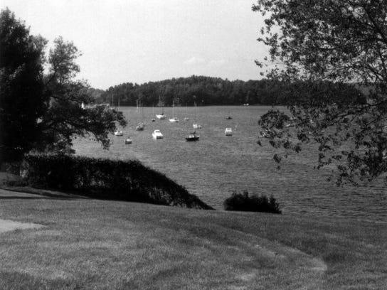 6 1986 Coates Island from Bayside