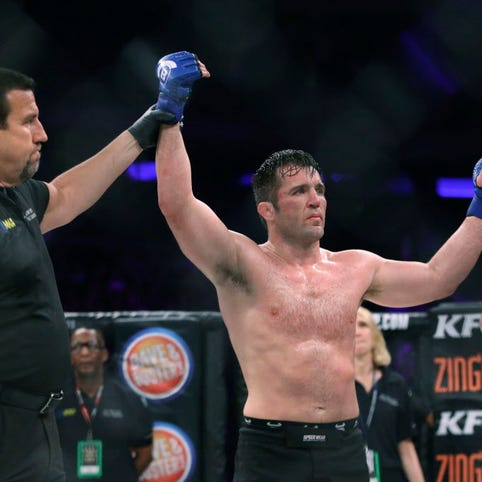 Sonnen topples Silva in Bellator NYC's main event