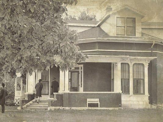 FON 072315 octo house 1