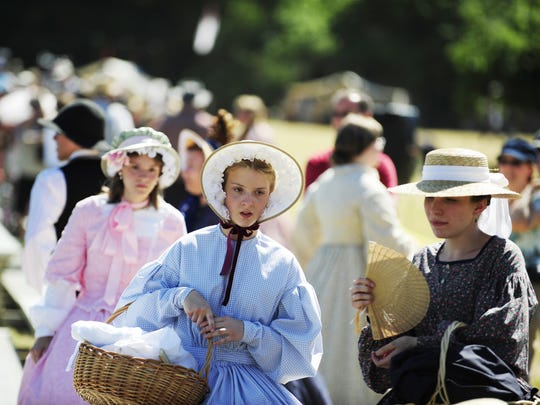 Civil War reenactors will demonstrate the living and fighting conditions of the early 1860s this weekend at Willamette Mission State Park north of Keizer.