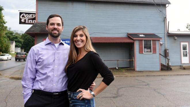 Brent and Nicole Dryden are the new owners of the Cozy Inn.