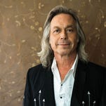 Jim Lauderdale and Elizabeth Cook perform at a Country & Western Wednesdays show at the 5 Spot.