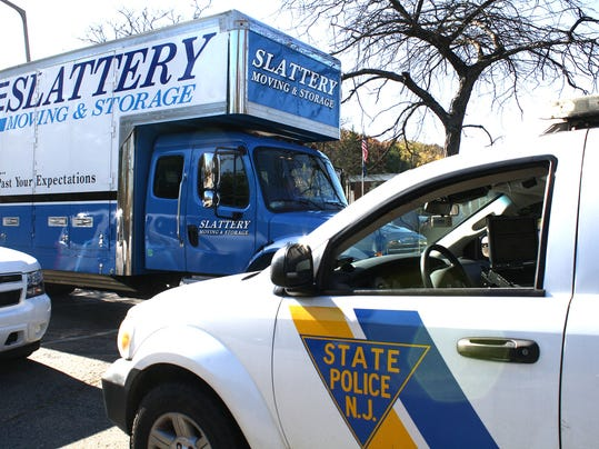 19 Nj Movers With No License Hit By Sting