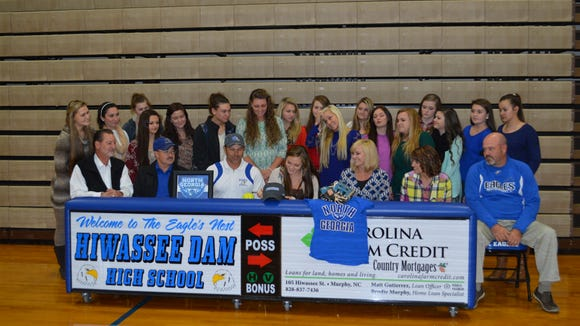 Hiwassse Dam senior Morgan Helton has signed to play