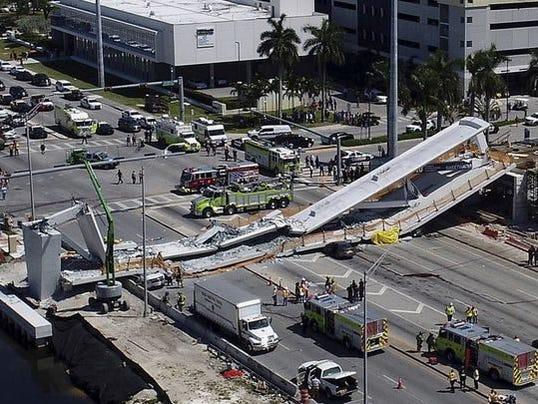 636568146274295758-bridge-collapse.JPG