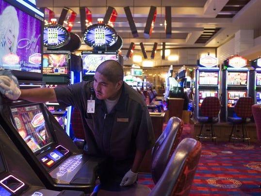 skagit casino gas station
