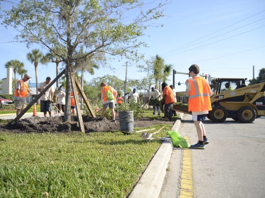 During the 2017 Great American Cleanup, volunteers worked to beautify the median on Sunrise Boulevard.