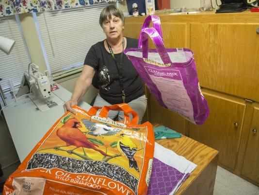 BMN 040716 Tote bags