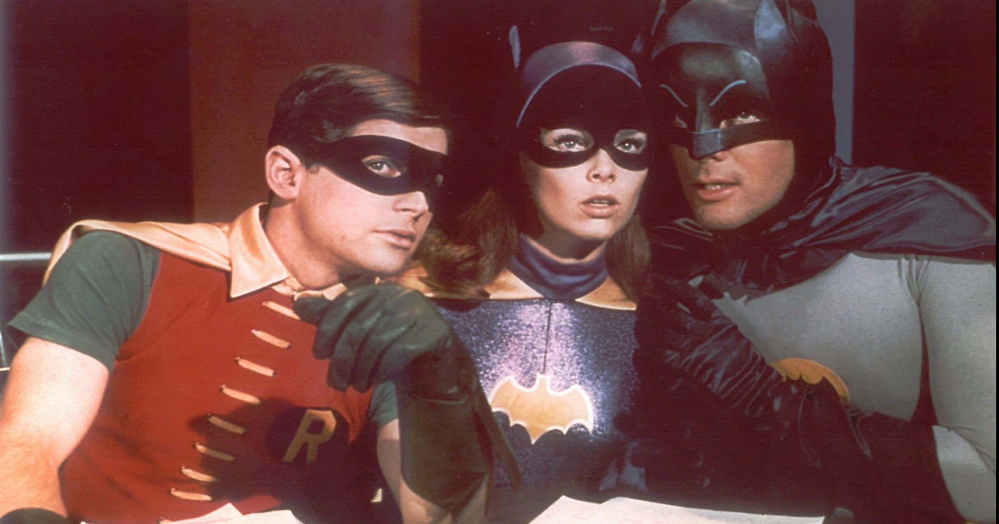 Yvonne Craig Who Played Batgirl In The 1960s Dies At 78 Radio Wave Diagram Http Hollywoodbollywood Co Hoadmin