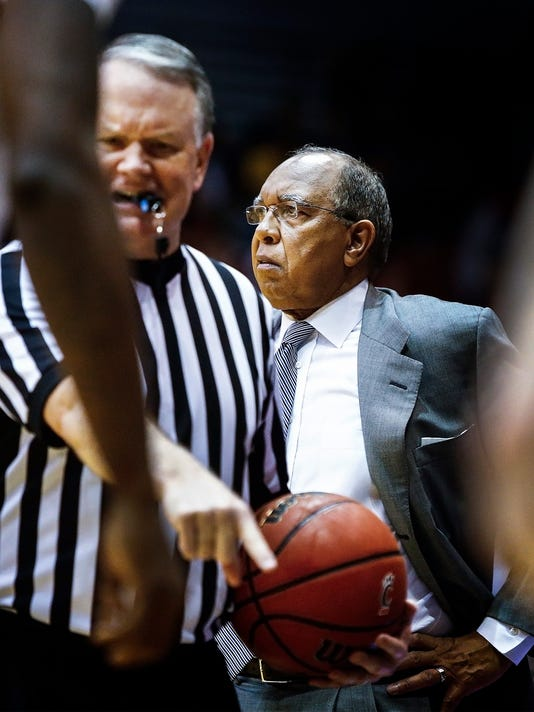 MemphisCincinnatiBasketball
