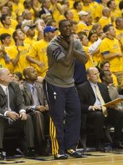 Lance Stephenson of Indiana, mocks Miami players near