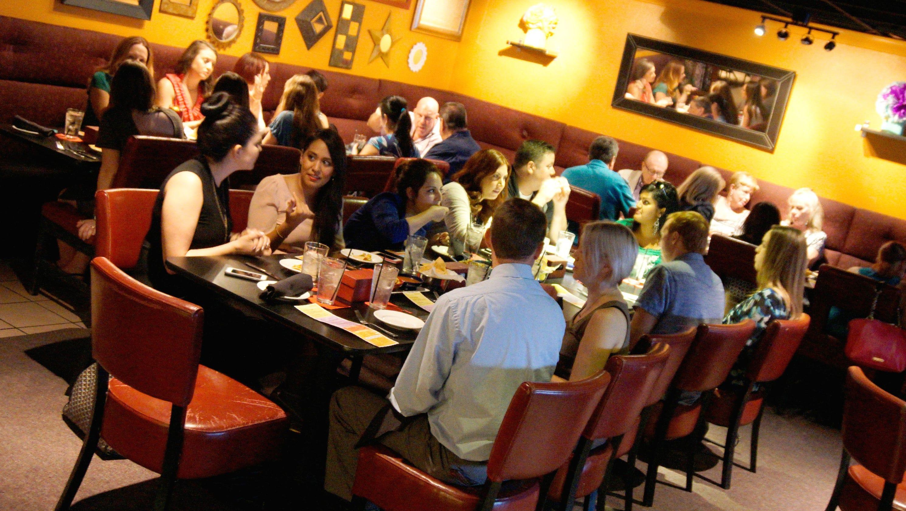 entertainment restaurant week story