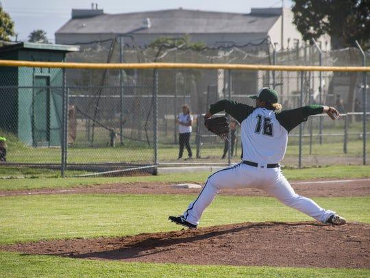 Una de las fortalezas del equipo de Baseball de Alisal esta temporada fue el grupo de lanzadores de los Trojanos. El trio conformado por Sal Lopez, Danel Miranda y Danny Villegas permitieron un máximo de dos carreras por juego en la temporada.
