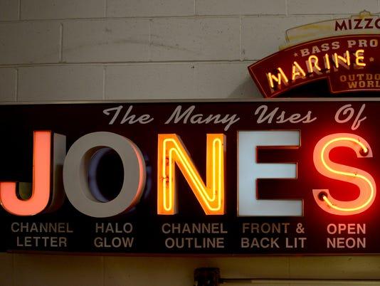 GPG Jones Sign