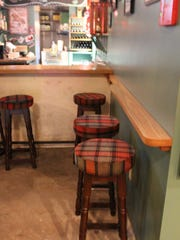This is one of my favorite new features: the pint rail.
