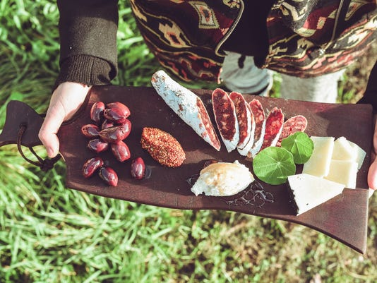 636609451510870144-Slumi-spring-snack.jpg