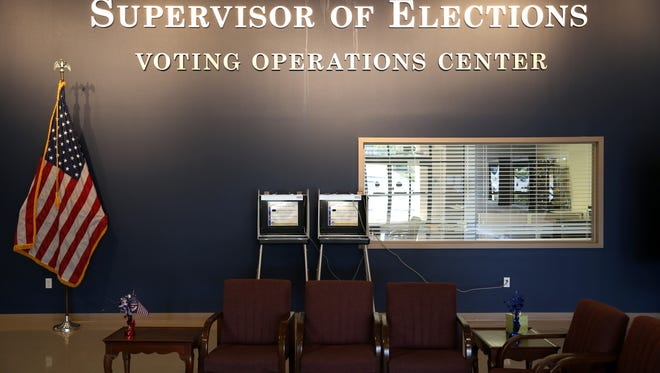 File art of the Leon County Supervisor of Elections Office on Apalachee Parkway.