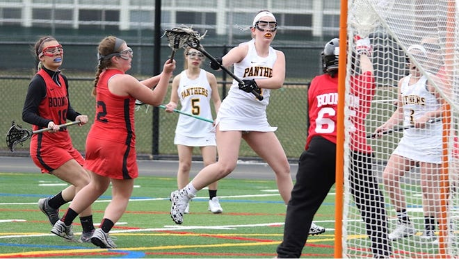 Cedar Grove's Tracy Moreno prepares for a shot on goal against Boonton.