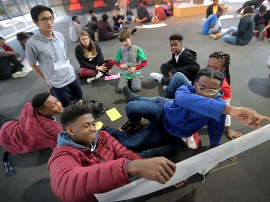 Memphis-area teens work on a perfect Memphis' project this weekend at Bridge Builders headquarters Downtown during a lesson to help increase voter turnout among young people.