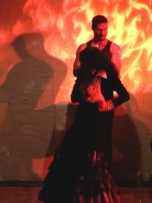 """Flamenco dancers Timo Nunez and Alexandra """"Alex"""" Rozo"""