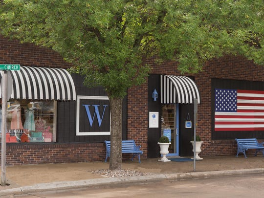 Walnut Street Gallery has been in Ankeny for 34 years and offers framing, installations, consultations and assistance for local artists.