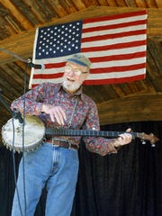 Help keep the memory of folk legend Pete Seeger alive with For Pete's Sake! A Concert for Clearwater, which will benefit the Hudson River environmental group he founded.