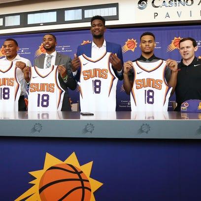 Phoenix Suns GM Ryan McDonough and head coach Igor