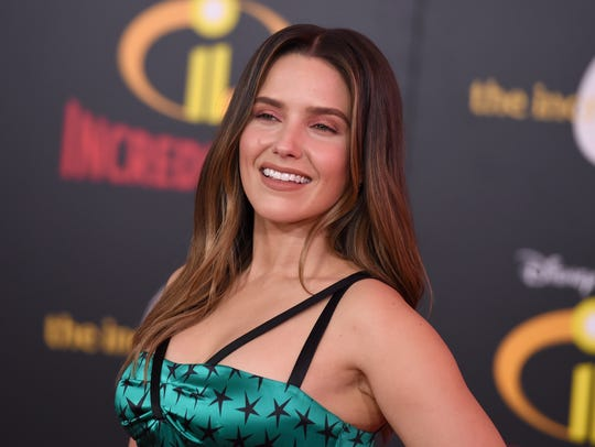 """Sophia Bush arrives at the world premiere of """"Incredibles"""