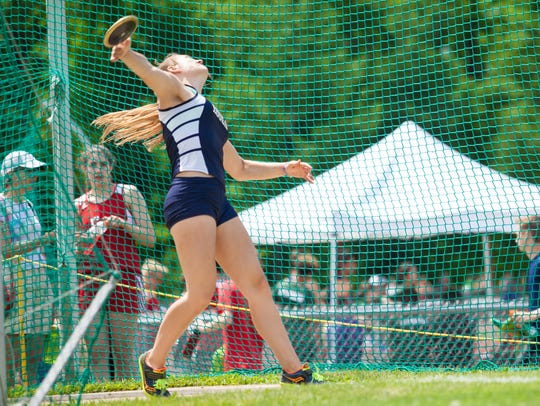 Essex's Amanda Sinkewicz lets fly with the first place