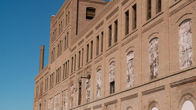 The brick fortress at Glendale and 52nd avenues was home to the Squirt soda factory from the 1930s to the 1980s. Citrus would be hauled in by train to make the grapefruit-flavored concentrate. The iconic building had opened in 1906 as a Beet Sugar Factory, which is the name it goes by today.