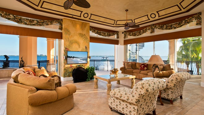 Family room of home to be auctioned.