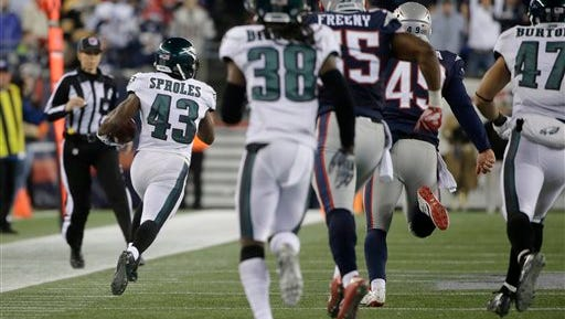 Darren Sproles (43) heads up the sideline during his 83-yard punt return for a touchdown Sunday.
