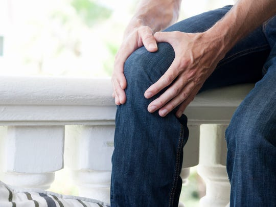 There are many treatment options for osteoarthritis, including physical therapy, weight loss, bracing, medication, and education.