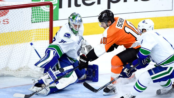 Brayden Schenn and the Flyers are hoping they can get out of their funk against the Canucks.