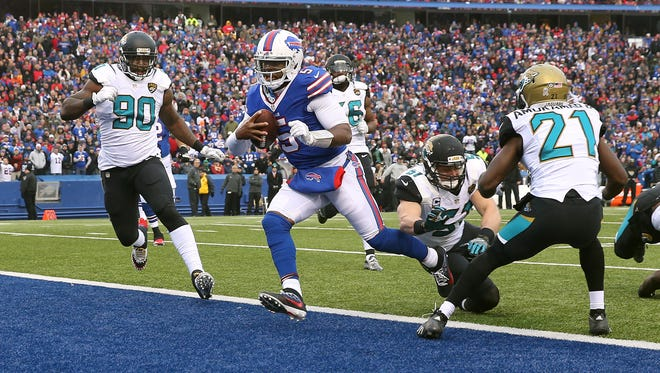 Bills quarterback Tyrod Taylor scores on this 7 yard run in a 28-21win over Jacksonville.