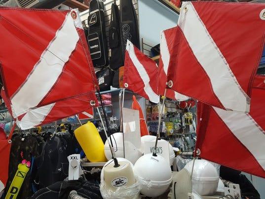636355624996609852-dive-flags.JPG