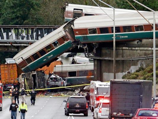AP APTOPIX TRAIN DERAILMENT WASHINGTON STATE A USA WA