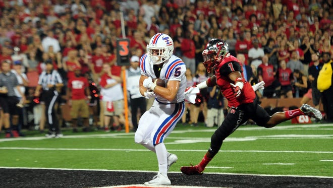 Louisiana Tech wide receiver Trent Taylor (5) is one of a handful senior playmakers returning on the Bulldogs 2016 roster.
