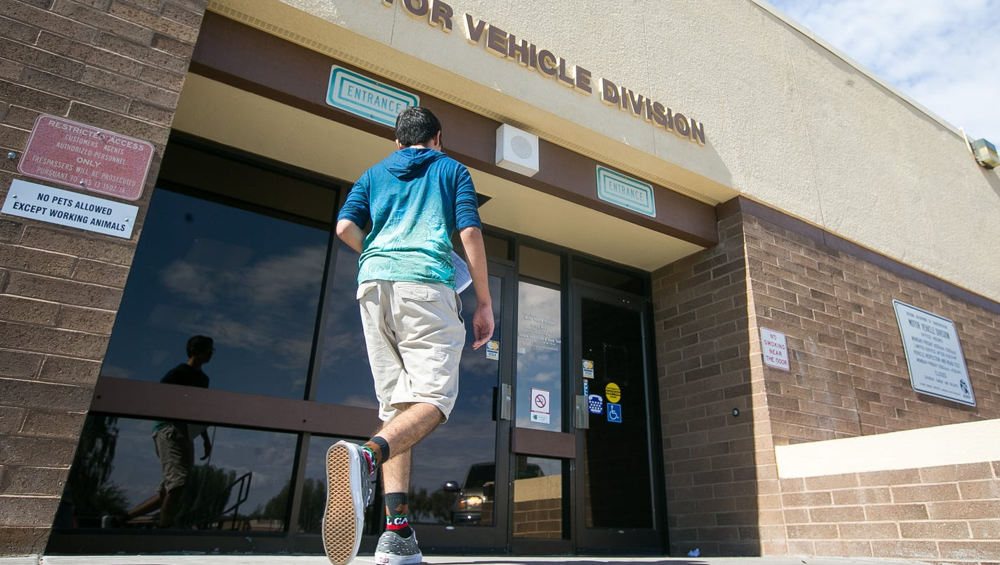 Mvds In Phoenix Tucson To Shorten Hours One Day A Month