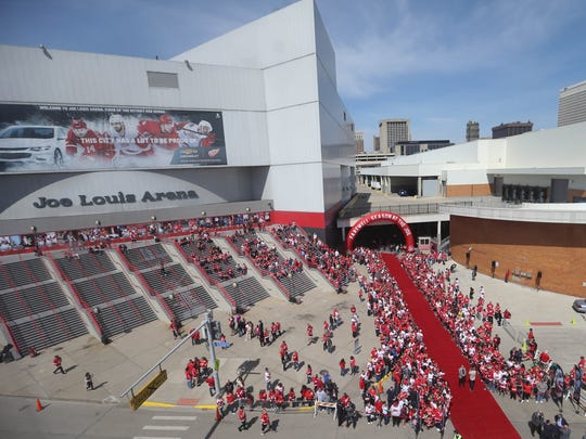 Detroit Red Wings fans arrive early for the last game at Joe  Louis against the New Jersey Devils Sunday, April 9, 2017 at Joe Louis in Detroit, MI.  Kirthmon F. Dozier/Detroit Free Press