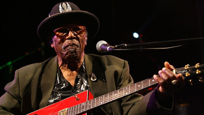 Bo Diddley performs on stage during the West Coast Blues & Roots Festival at the Esplanade Reserve, Fremantle on April 1, 2007 in Perth, Australia.