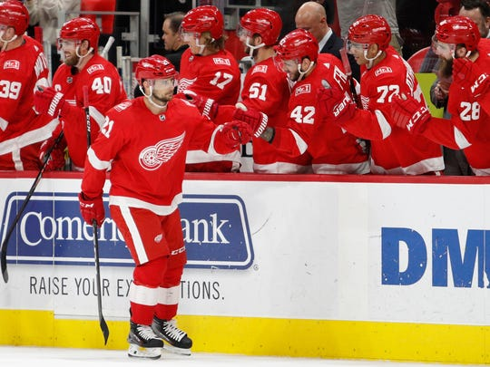Red Wings left wing Tomas Tatar (21) celebrates with