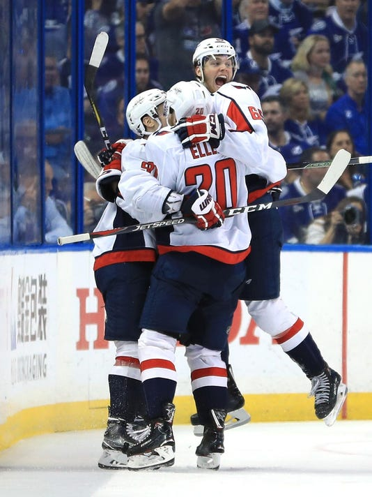 Thursday s NHL  Capitals take Cup mission to Vegas 21bed177a863