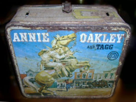 636203578766005362-annie-oakley-lunch-box-edit-300x220.jpg