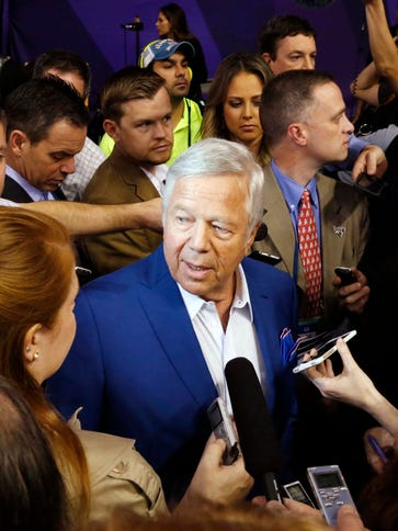 Patriots owner Robert Kraft talks to reporters at Super
