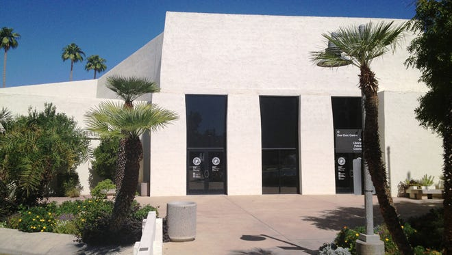 The uncertainty at the helm of Scottsdale's day-to-day operations will continue after the City Council for a second time failed to select a new city manager from a field of several finalists.